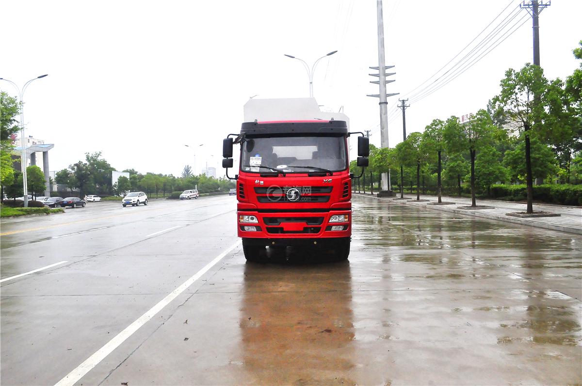 陕汽轩德X6散装饲料运输车正面