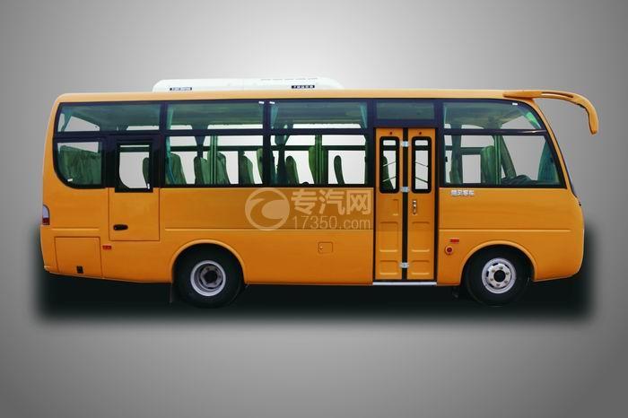 楚风国五33座7米5客车右侧图