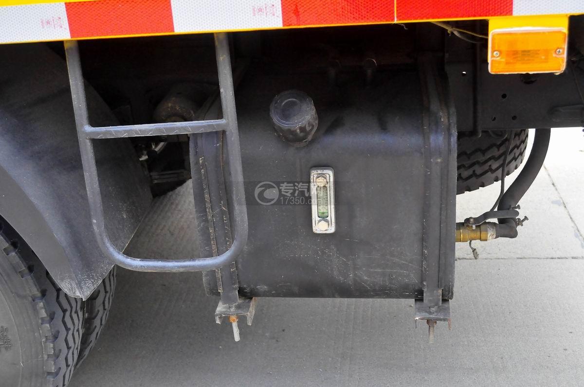 大运奥普力双排座国五12-14米高空作业车液压油箱