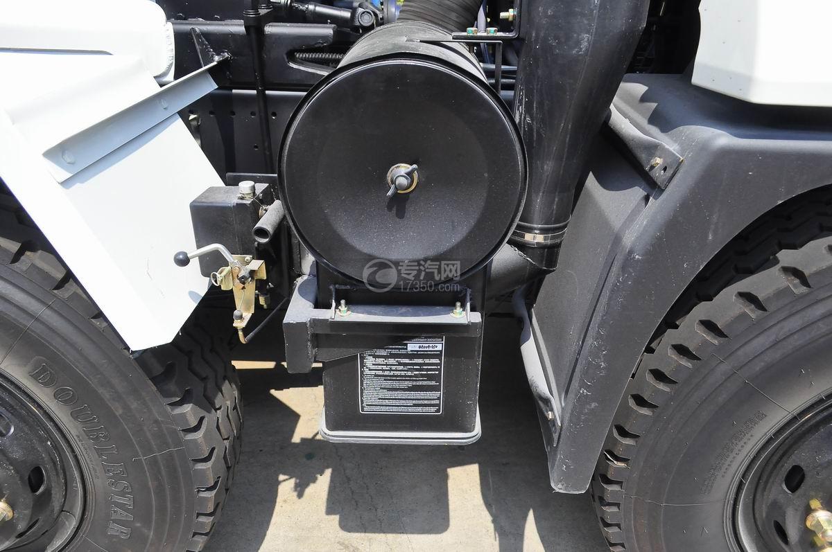 陕汽轩德X6前四后八国五7.4方搅拌车空气滤清器