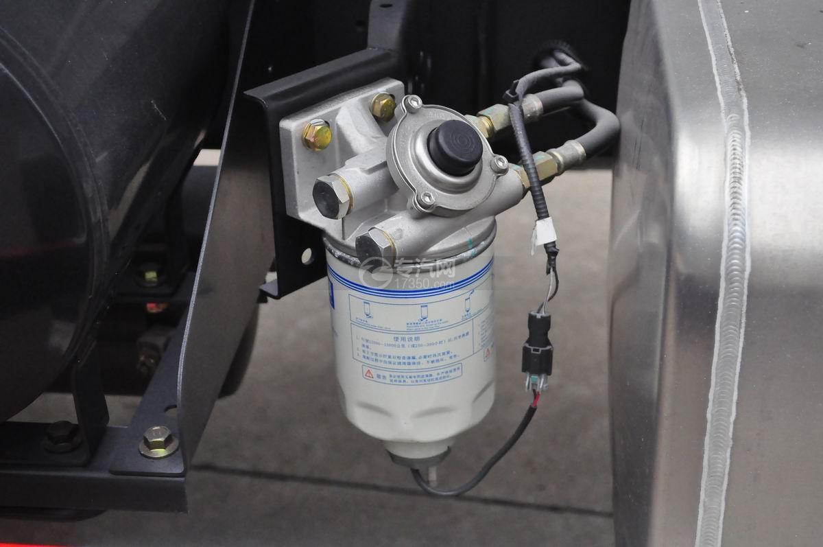 大运奥普力排半国五搅拌车柴油滤清器