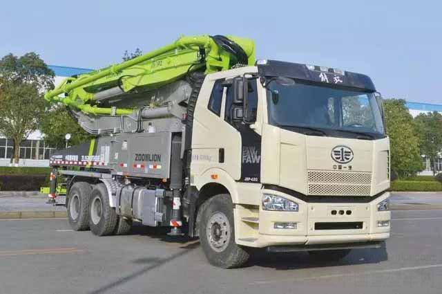 中联重科4.0泵车在轨道博览会上获盛赞