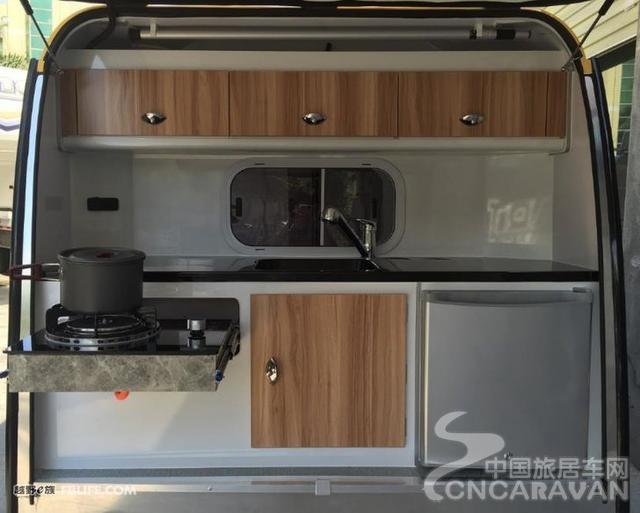 比QQ车还小还Q的这样一个小房车,也挺有意思的