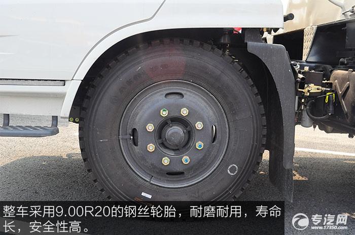 东风天锦流动舞台车钢丝轮胎