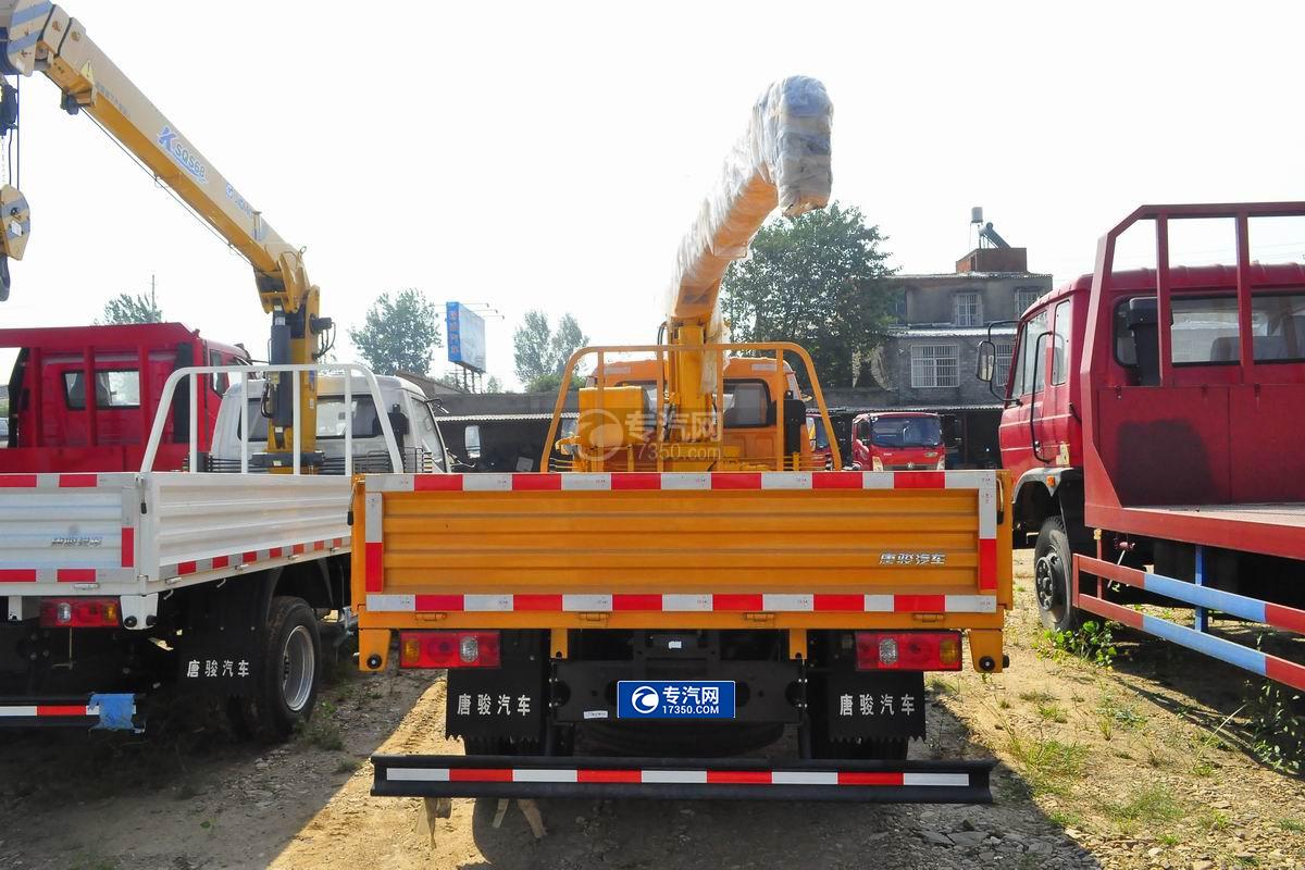 唐骏金刚588 3.2吨随车吊(黄色驾驶室)后面图