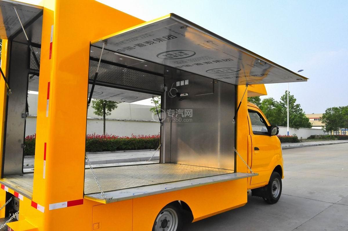重汽王牌W1售货车(黄色)侧面展开4