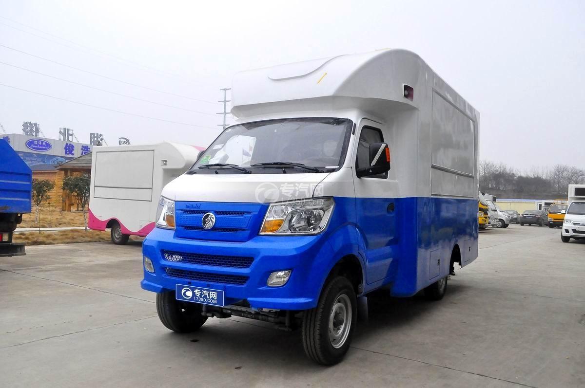 重汽王牌W1餐車售貨車(藍白)左側45°圖