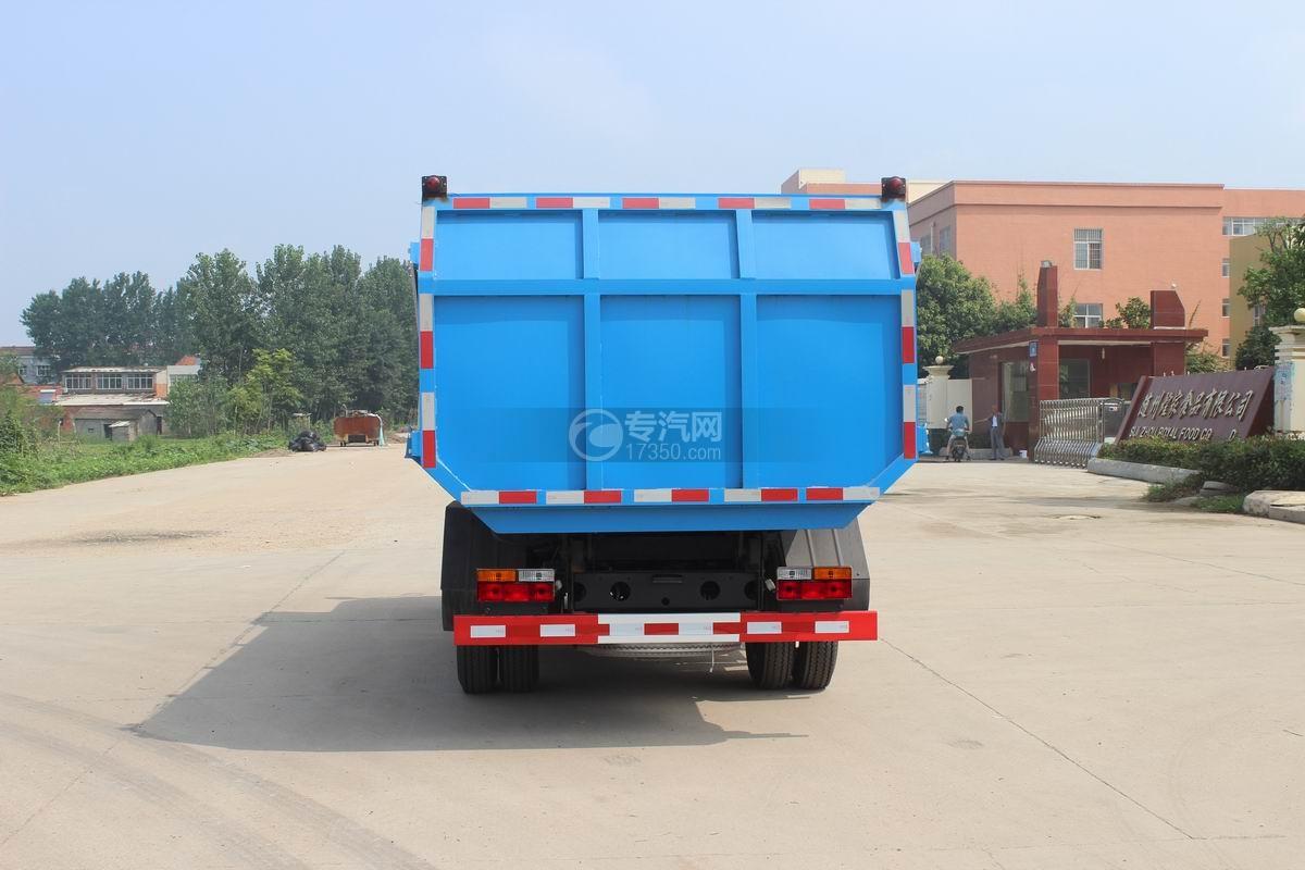 大运奥普力5-6方自装卸式垃圾车后面图