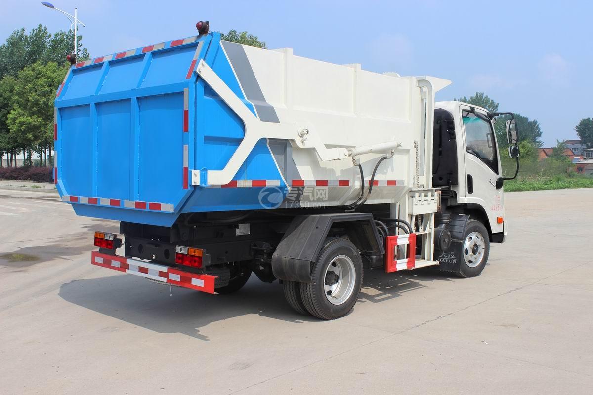 大运奥普力5-6方自装卸式垃圾车右后图