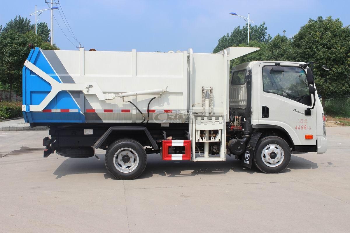 大运奥普力5-6方自装卸式垃圾车右侧图
