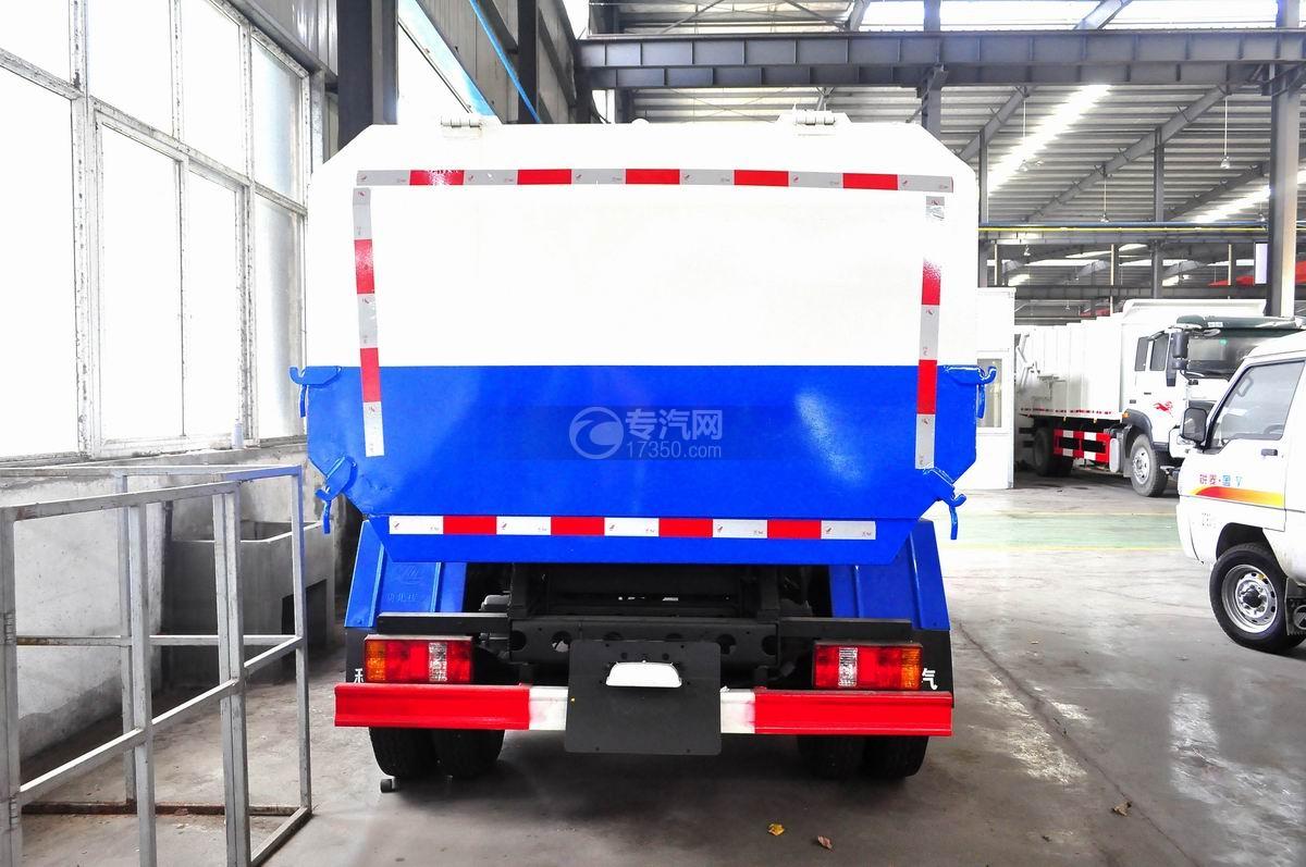 凯马凯捷5-6方自装卸式垃圾车后面图