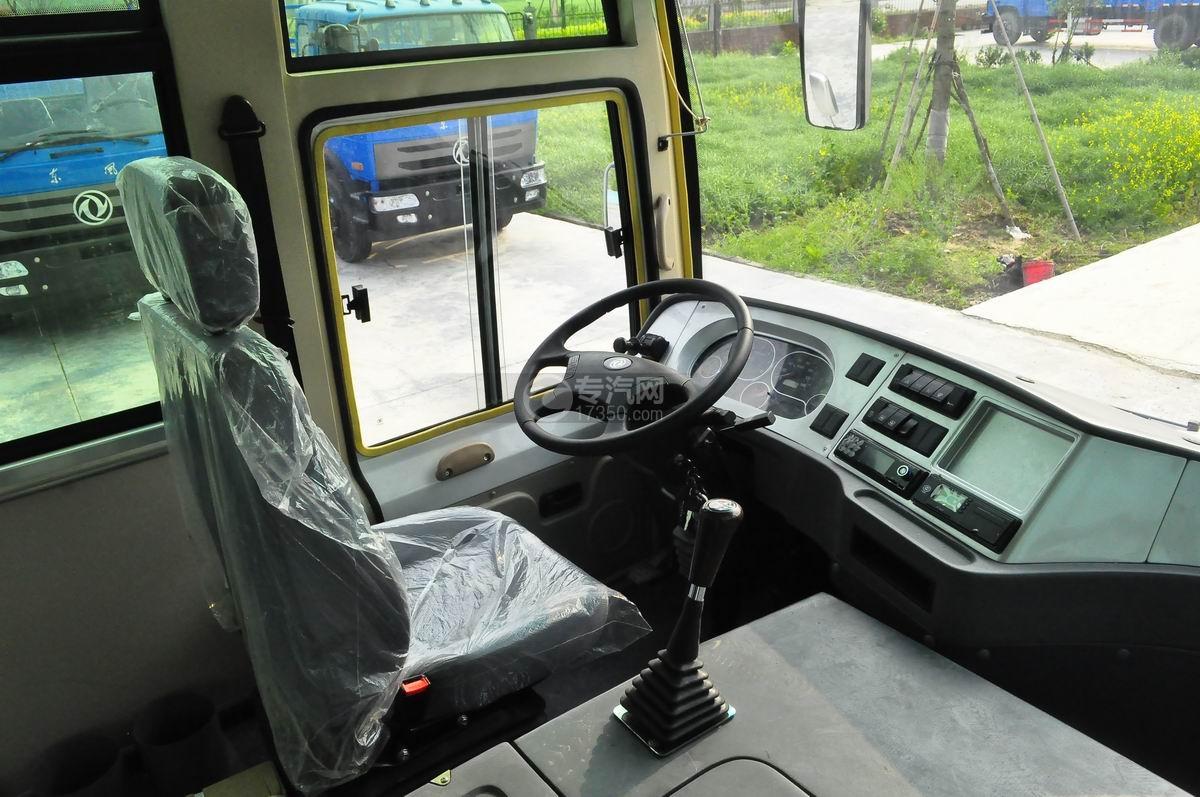 齐鲁23座客车教练车主驾驶座椅