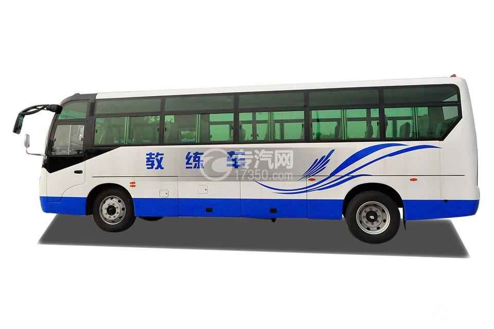齐鲁23座客车教练车侧面方位图