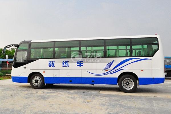 齐鲁23座客车教练车侧面图