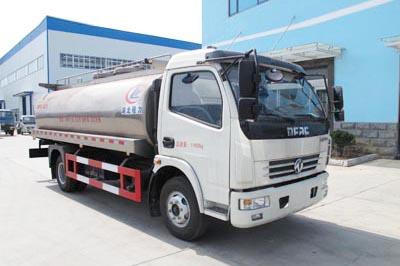 东风多利卡6.3m³鲜奶运输车