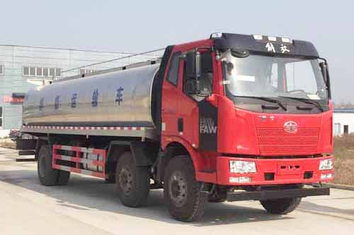 解放J6小三轴14.9m³鲜奶运输车
