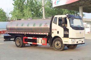 解放单桥8m³鲜奶运输车