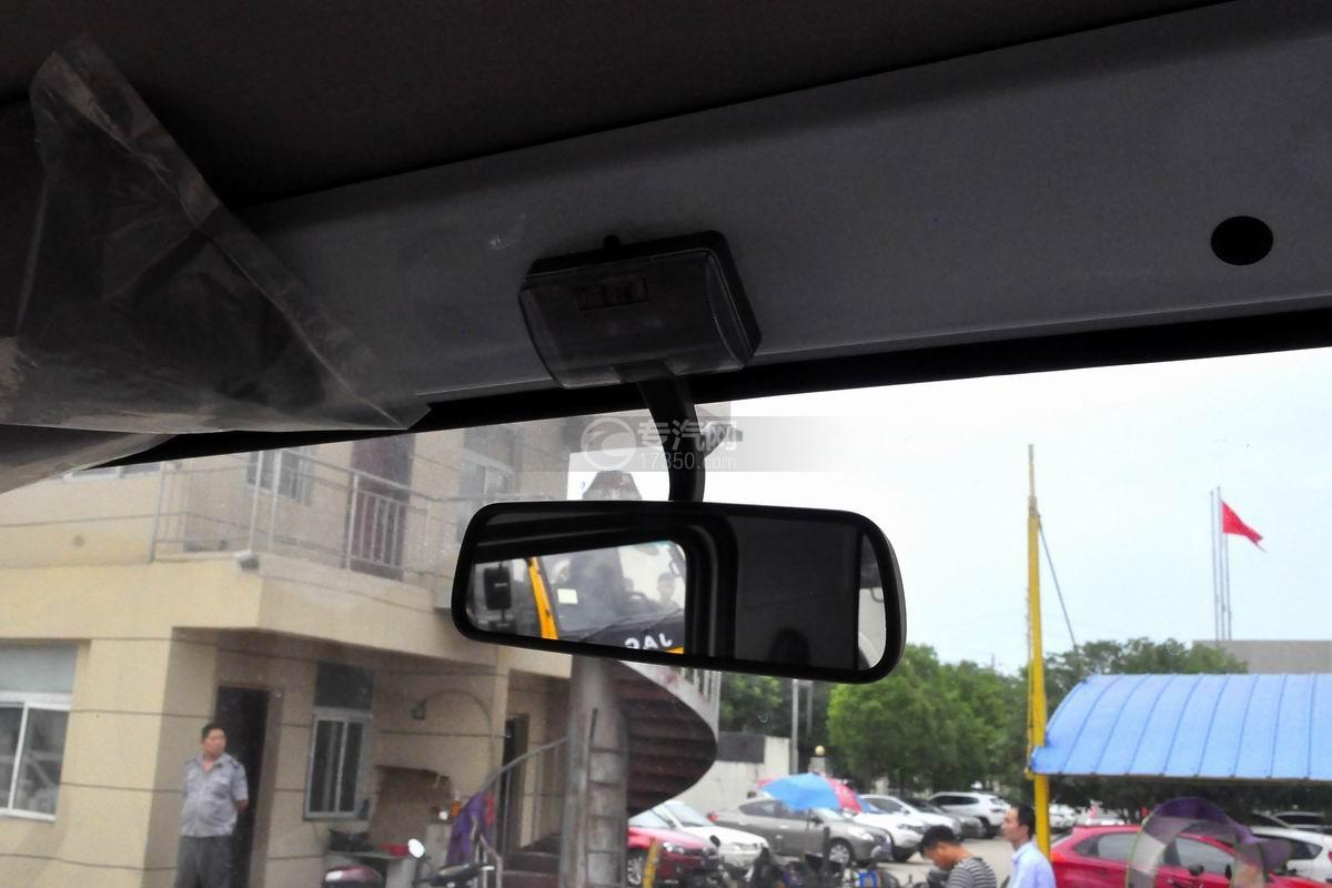 东风多利卡D6双排座舞台车驾驶室内后视镜