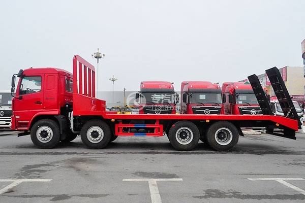 陕汽轩德X6平板运输车左侧