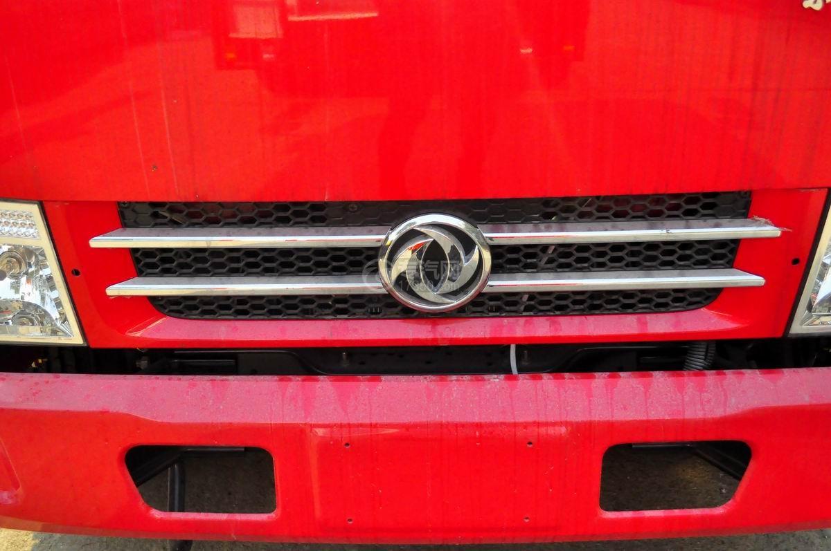 东风标志图多利卡D6单桥水罐消防车