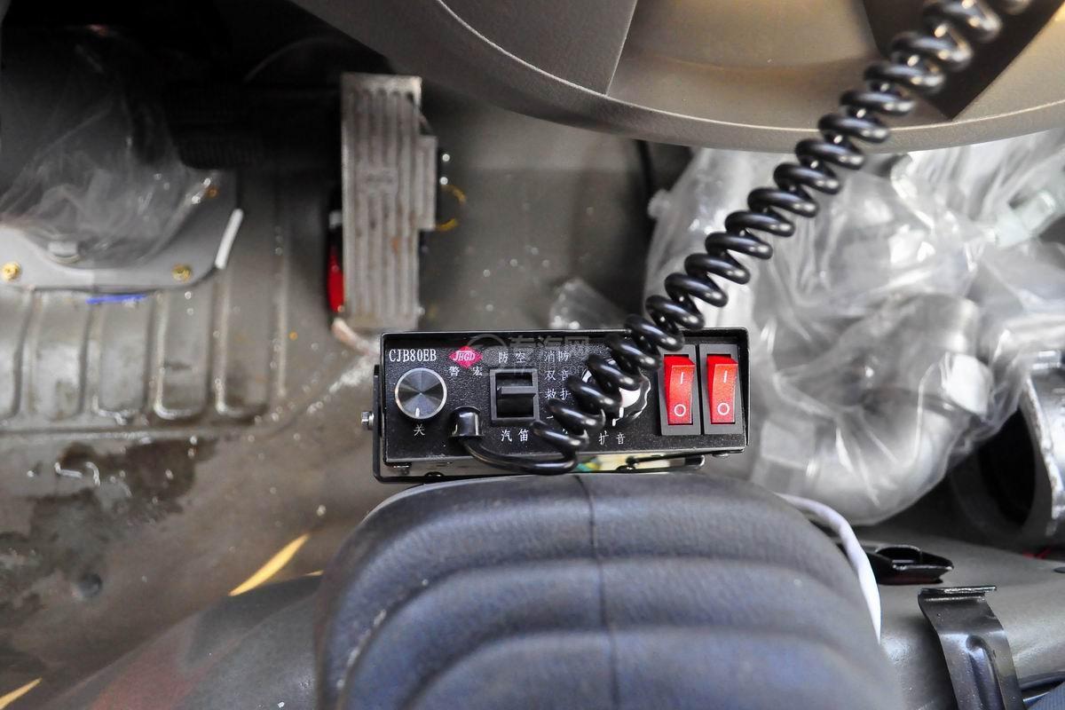 传呼机多利卡D6单桥水罐消防车