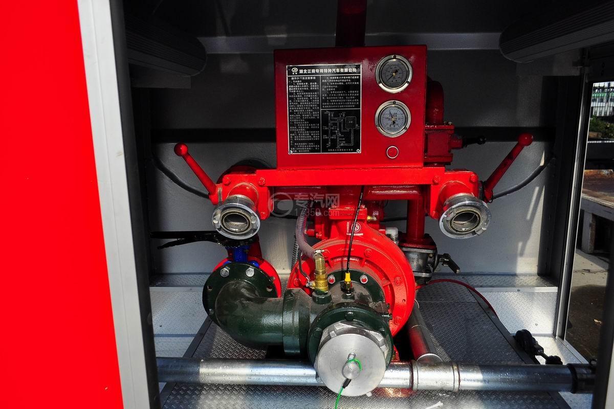 压力表图及水泵多利卡D6单桥水罐消防车
