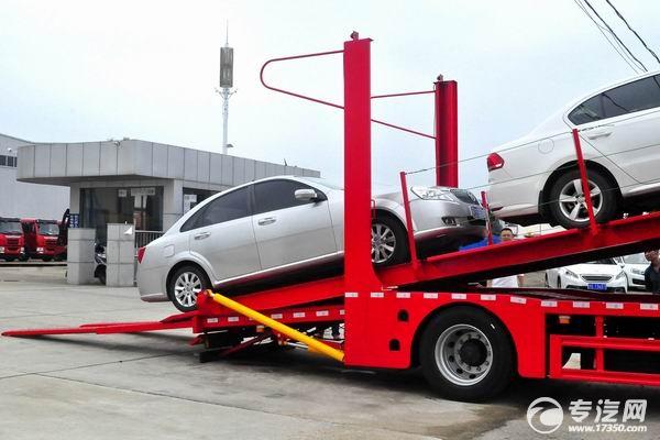 陕汽轩德X6单桥国五轿运车装车过程