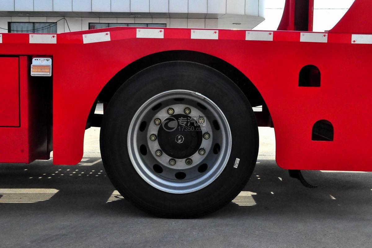 陕汽轩德X6中置轴轿运车轮胎