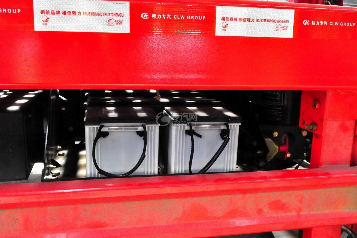 解放悍V小三轴带挂轿运车蓄电池