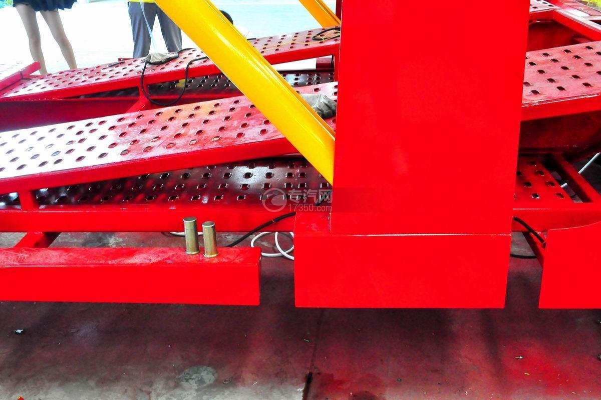 解放悍V小三轴带挂轿运车液压油缸