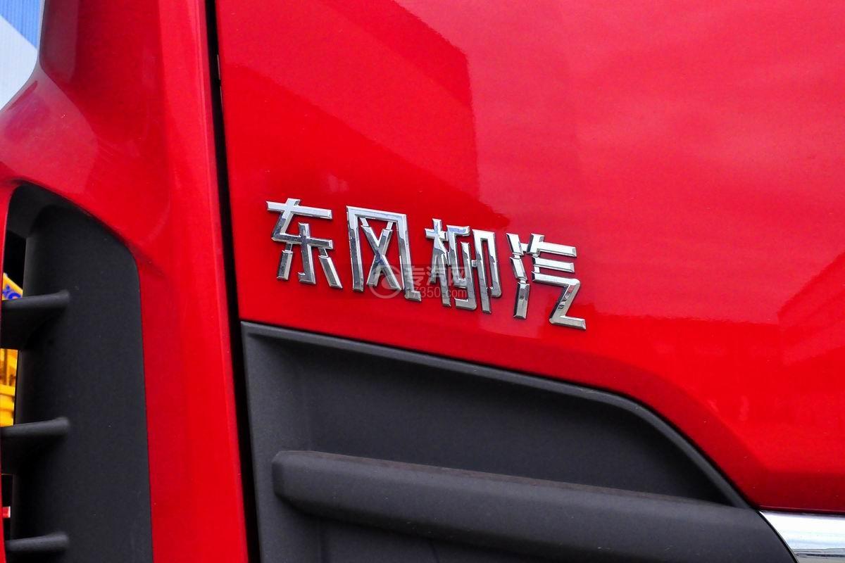 东风柳汽乘龙M3徐工8吨直臂随车吊细节