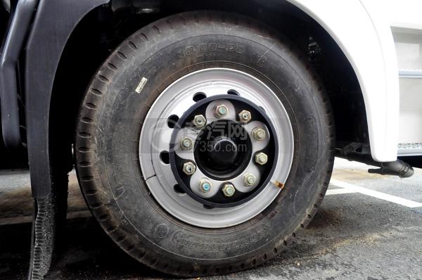 东风锦程11方洒水车轮胎