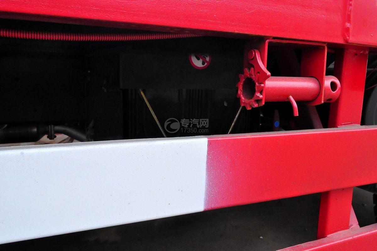 大运征途平板运输车底盘细节