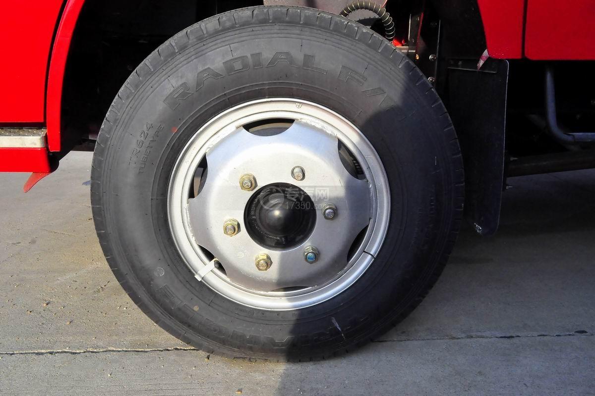 东风小多利卡消防车轮胎