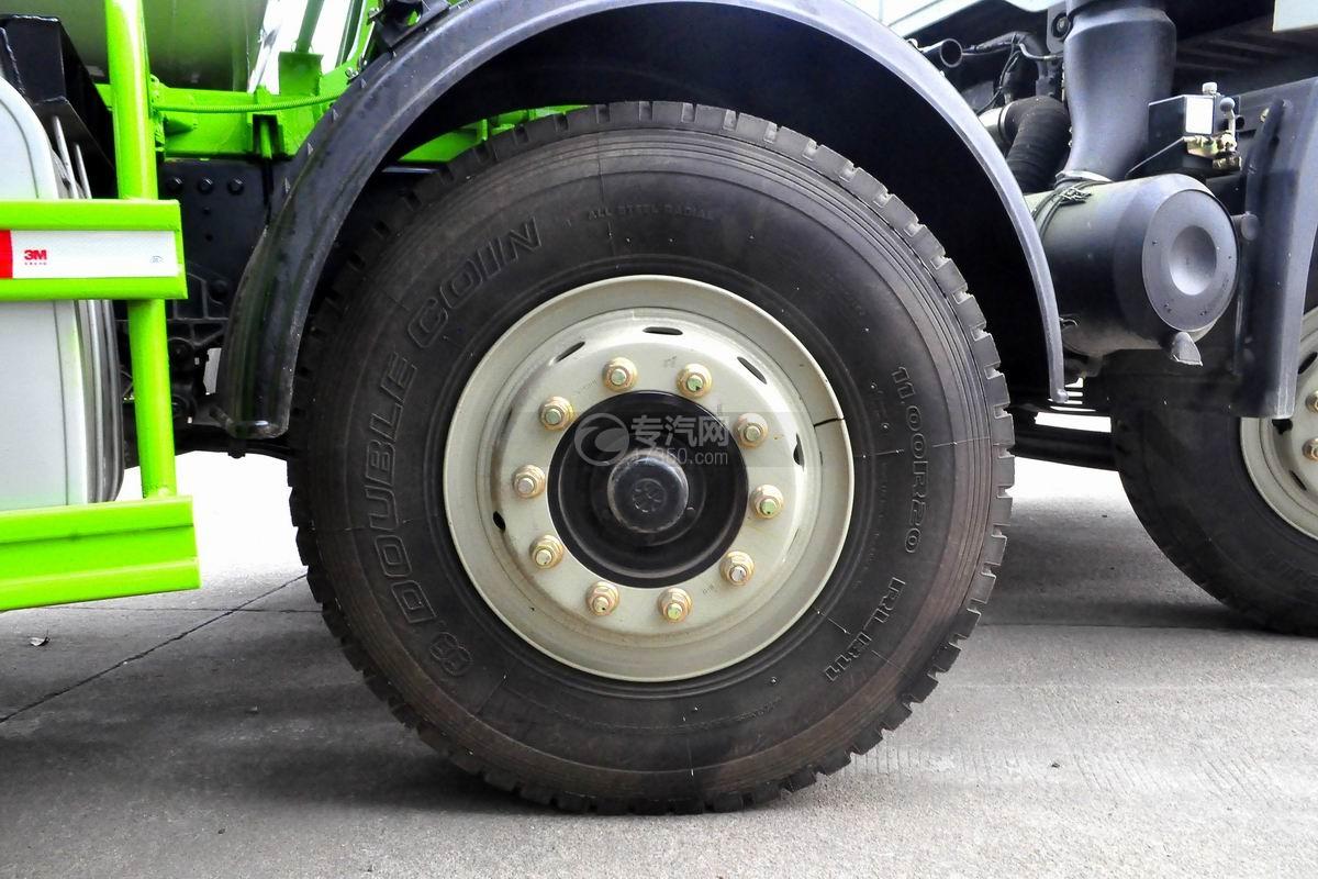 重汽豪曼前四后八搅拌车轮胎