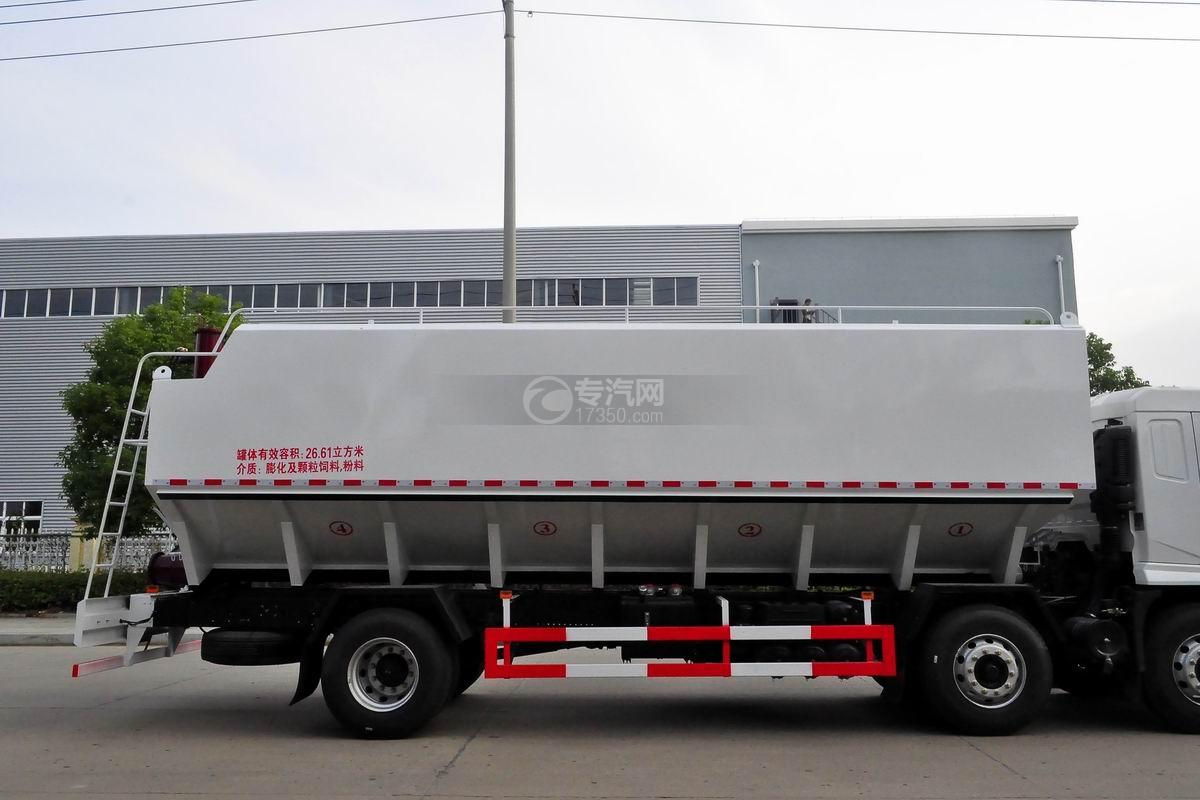 陕汽轩德X6小三轴散装饲料运输车箱体