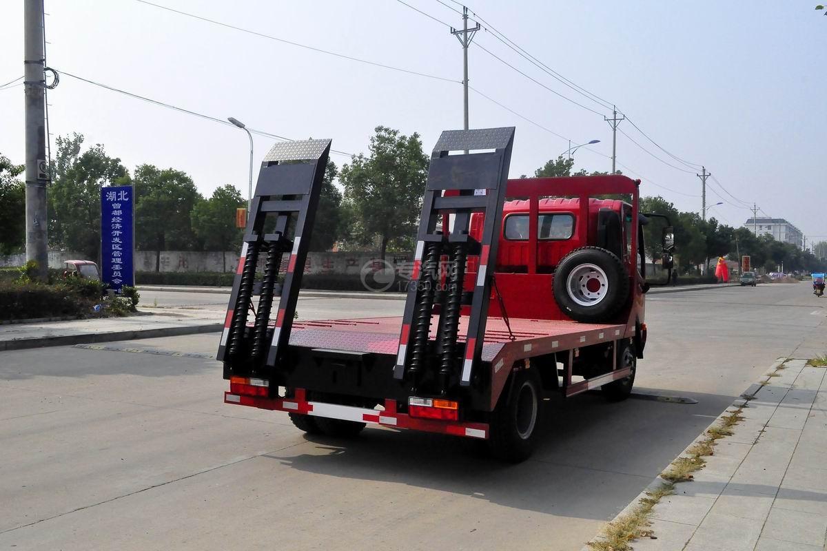 大运奥普力3550轴距平板运输车侧后方图