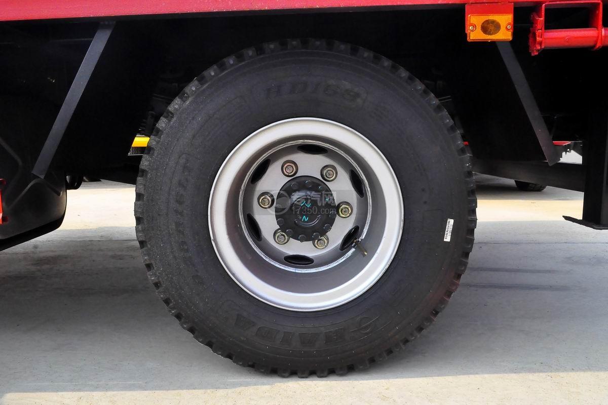 大运奥普力3550轴距平板运输车轮胎