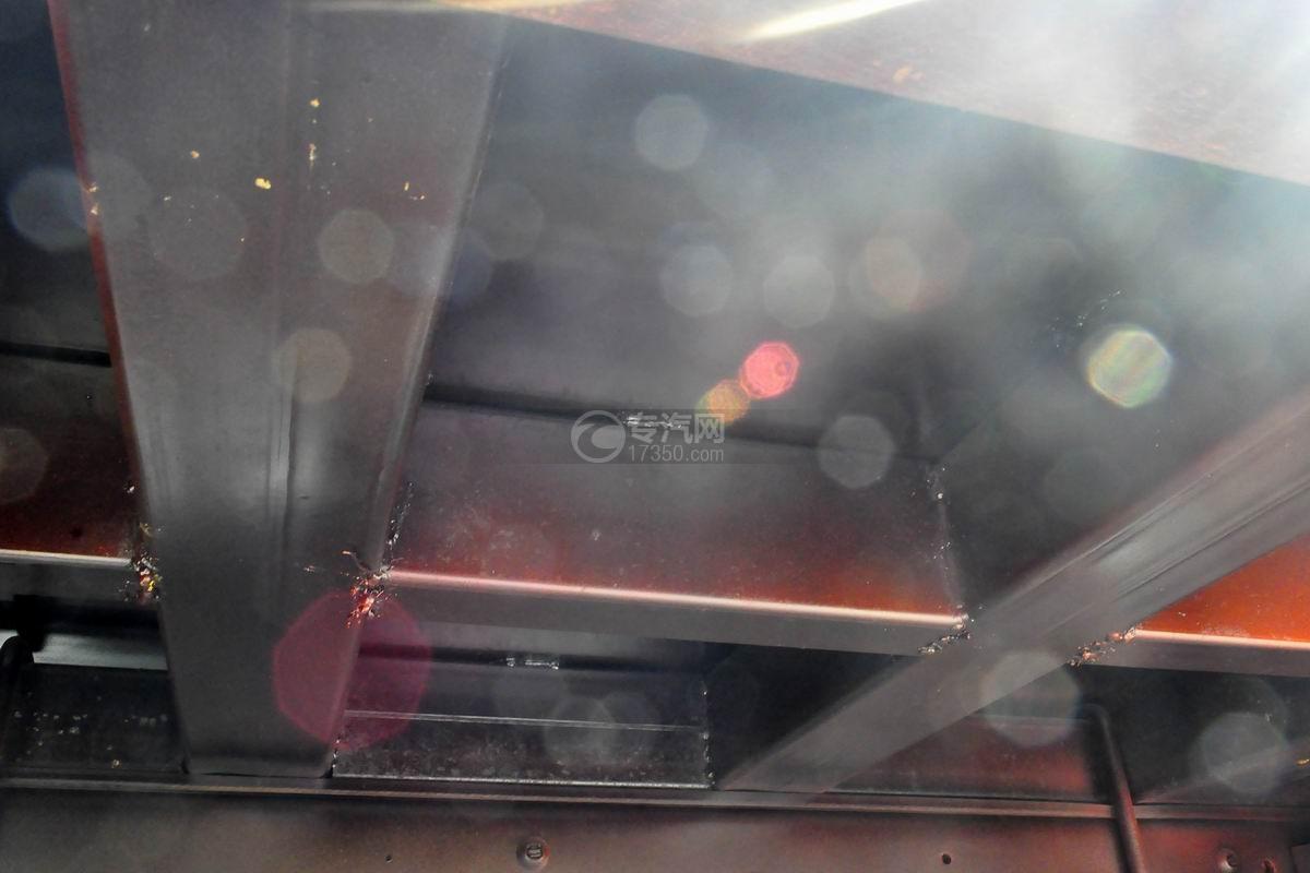 大运奥普力3550轴距平板运输车方筒