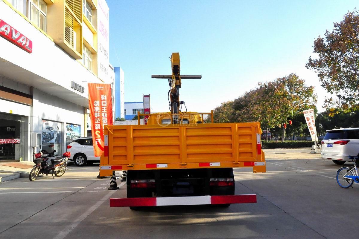 东风多利卡徐工3.2吨直臂随车吊正后图