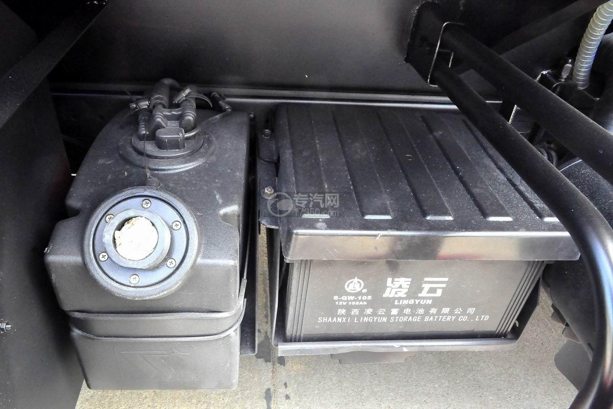 大运奥普力6方加油车蓄电池