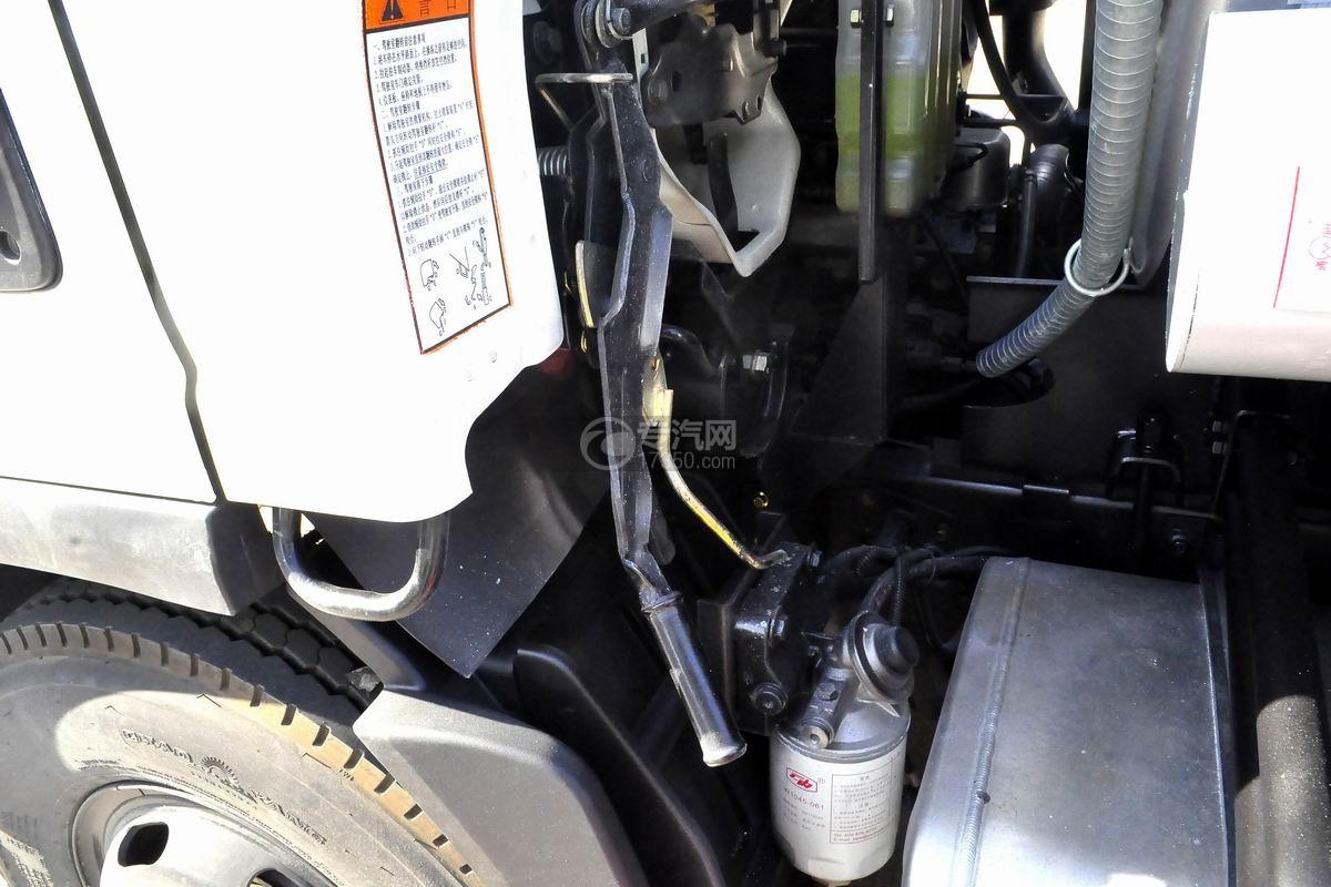 大运奥普力6方加油车驾驶室翻转手柄