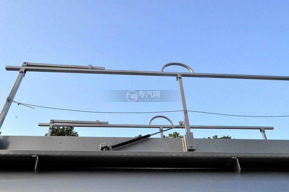 大运奥普力6方加油车护栏