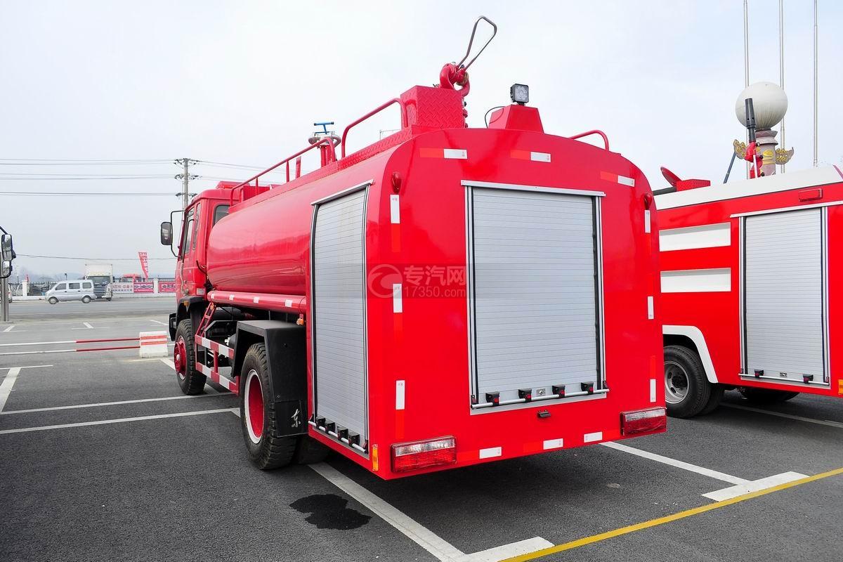 东风145消防车带水罐侧右45度图