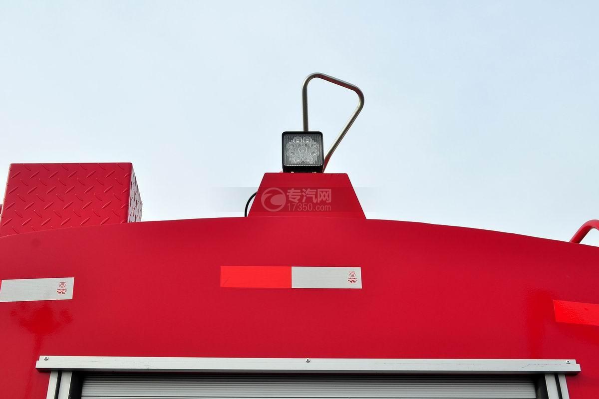 东风145消防车带水罐上装灯