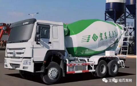 宏昌天马混装王中置轴轿运车亮相2018上海宝马展
