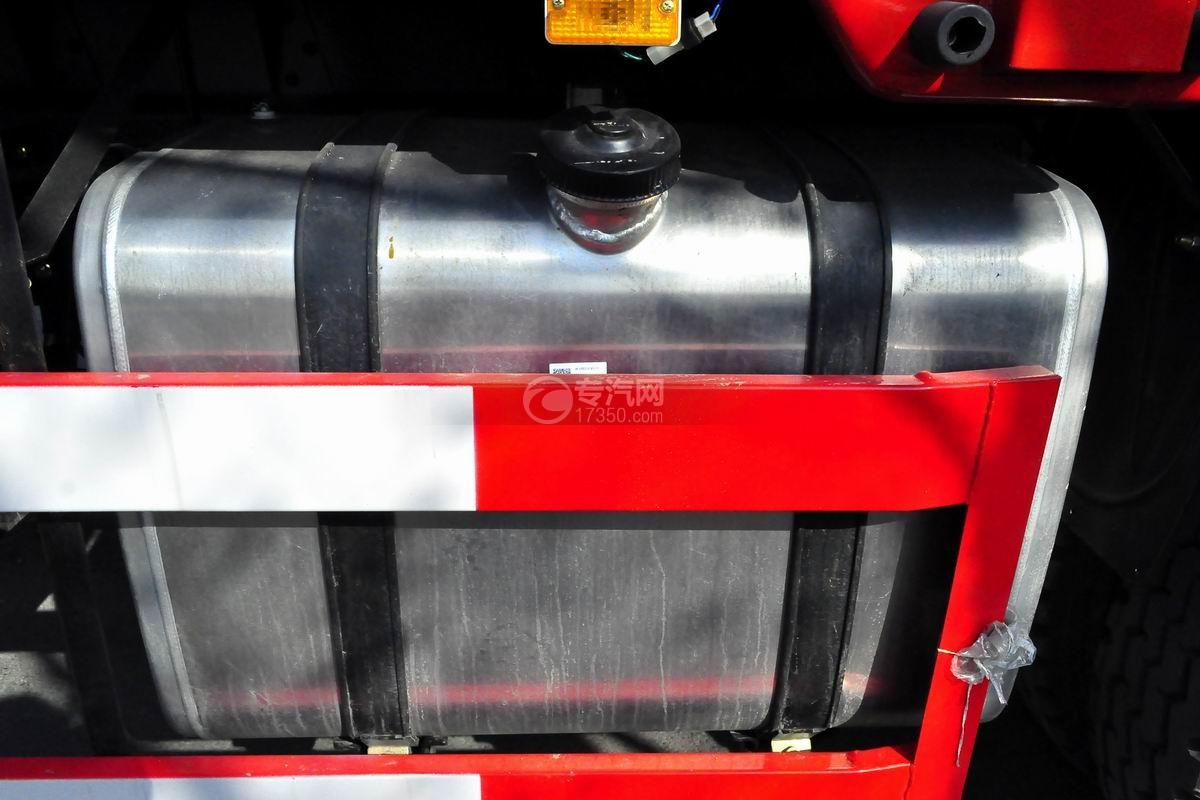 东风专底前四后八25吨折臂随车吊油箱