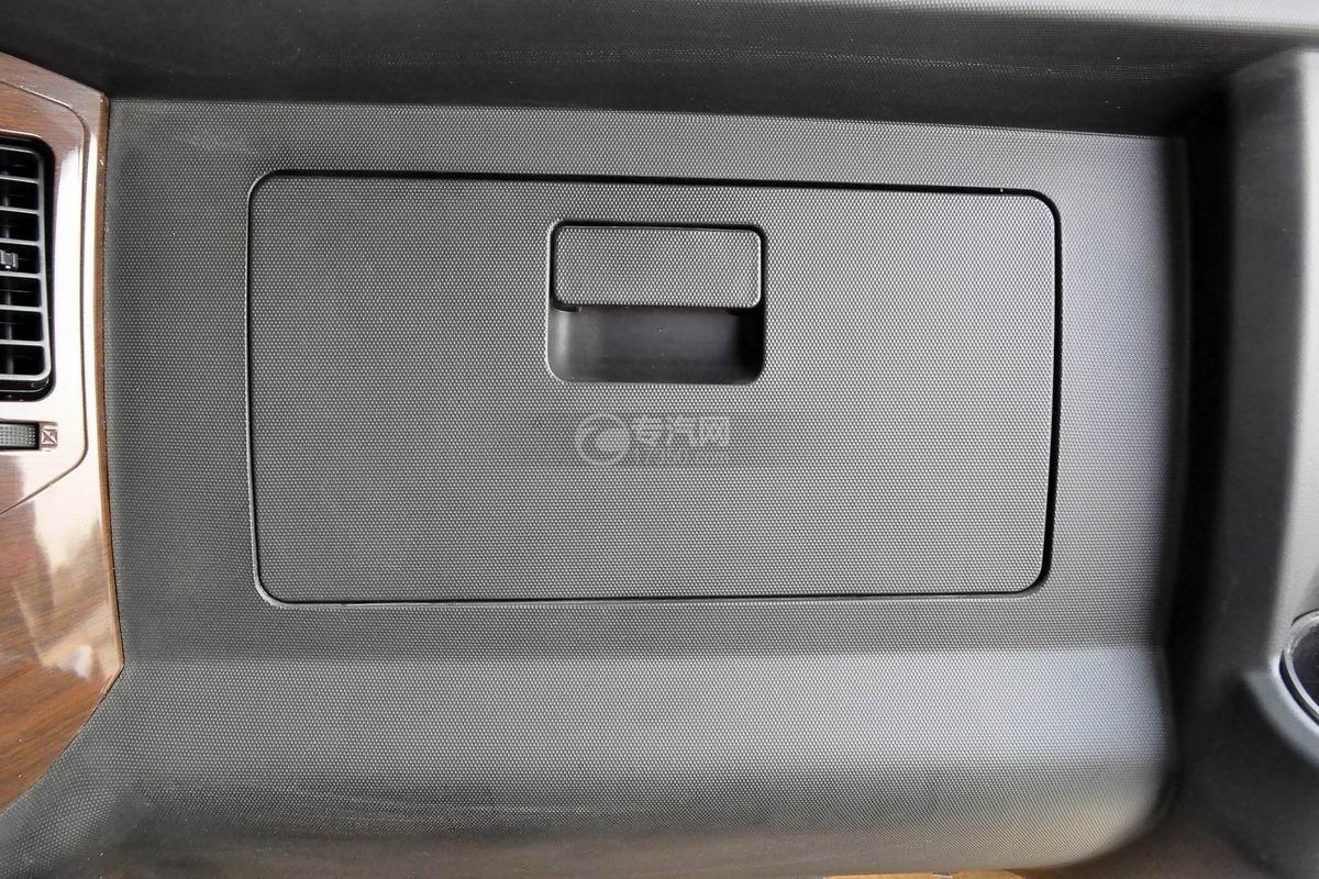 大运奥普力LED广告车储物柜