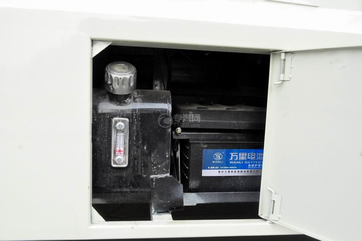 大运奥普力LED广告车液压油箱