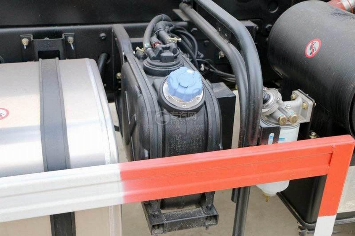湖北大运风度3.75米自卸车尿素箱